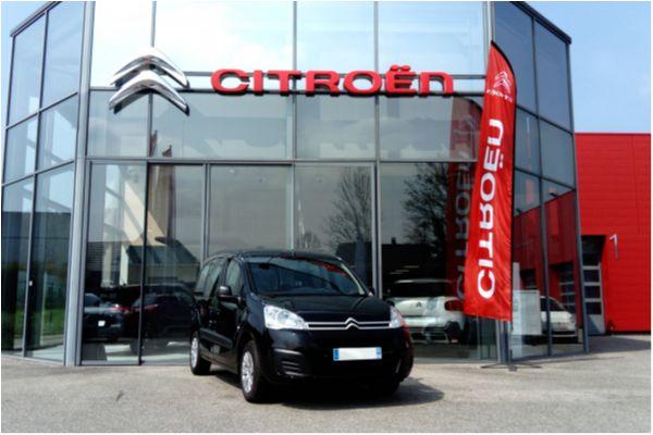 Citroën BERLINGO 1.2 PURETECH 110 FEEL - Voitures d'occasions à Brunstatt