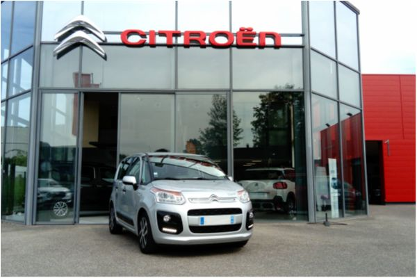 Citroën C3 PICASSO VTI 120 CONFORT - Voitures d'occasions à Brunstatt