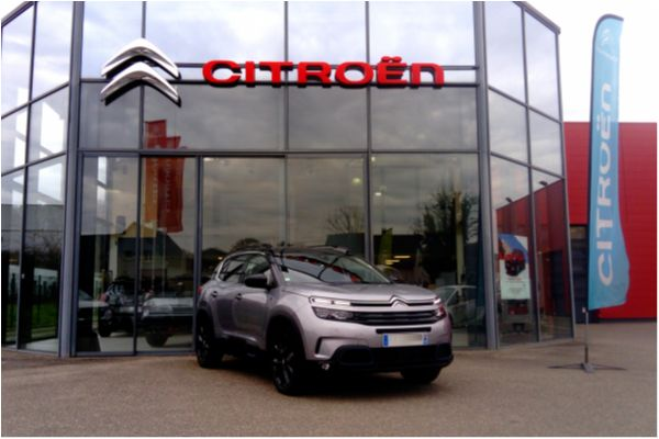 Citroën C5 AIRCROSS HYBRID 225CH EAT8 SHINE - Voitures d'occasions à Brunstatt